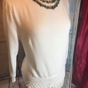 Hinge Small White Sweater With Lace Bottom